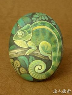 Creative DIY Easter Painted Rock Ideas 27