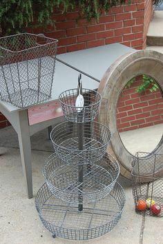 Tiered wire basket