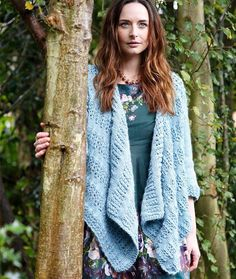 Waterfall Cardigan   8 or 5 mm  Yarn Weight(4) Medium Weight/Worsted Weight and Aran (16-20 stitches to 4 inches)  Gauge16 sts and 20 rows to 10 x10cm in patt using 5mm needles.  Finished SizeTo fit bust: 32 (34, 36, 38, 40, 42, 44, 46, 48, 50) in