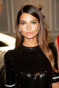 Lily Aldridge reminds us of Jackie O a little