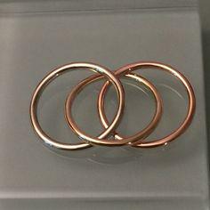 14k interlock circle pendant, 14k trinity pendant by EllynBlueJewelry on Etsy https://www.etsy.com/listing/469143101/14k-interlock-circle-pendant-14k-trinity