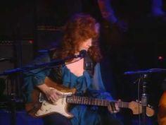 "Video- John Lee Hooker and Bonnie Raitt perform ""I'm In The Mood."" From the DVD ""John Lee Hooker & Friends 1984-92."" More info at http://www.guitarvideos.com/products/vestapol-dvds/john-lee-hooker-and-friends-1984-1992"
