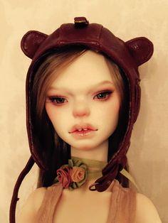 Artist doll by Yuliya Yuzhakova