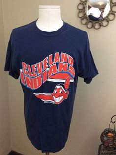 1f768a6a0b8c 80s VINTAGE NAVY BLUE MLB CLEVELAND INDIANS BASEBALL T-SHIRT SIZE M L TRENCH