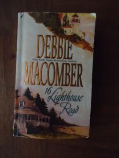 Debbie Macomber 16 Lighthouse Road PB Book