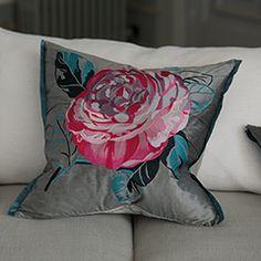 Pavonia Bed Linen | Designers Guild UK