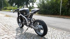 Cafe Racer Magazine, Cafe Racer Bikes, Scrambler, Bobber, Cars And Motorcycles, Motorbikes, Choppers, Action, Scorpion