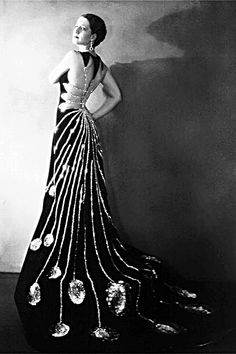 """Norma Shearer in 1926 promoting her film Upstage. """"Her Greatest Starring Triumph!"""" yelled the movie posters"""