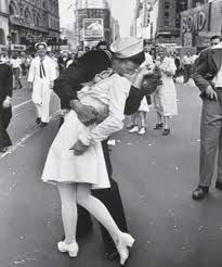 One of my favorite pictures ever!    1945 in times square on V-E day