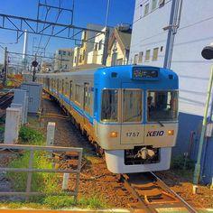 Keio-Inokashira line train Hamadayama station Tokyo by aroundtokyo