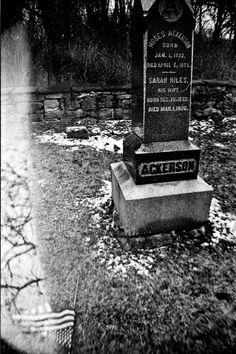 Moses Ackerson. Kodak TMax 400, Lomography La Sardina. © Jim Fisher