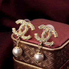 High quarlity gold classic women stud earrings coco pearl stud earrings silver cc earrings