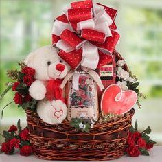 Valentines Day is near! Love You Beary Much Valentine Gift Basket. #valentinesgiftbaskets