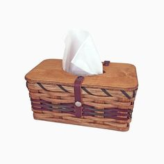 This Amish handmade Tissue Box Topper Basket is the perfect way to hide those unsightly tissue boxes. This basket is custom designed and hand woven to neatly ho