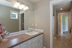 Choice Construction, Remodel, Custom Homes, Gig Harbor, White Vanity, Jack and Jill Bathroom