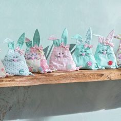 Instructions: Sew bunnies for Easter - Stofftiere Hoppy Easter, Easter Bunny, Upcycled Crafts, Diy And Crafts, Easter Traditions, Sewing Projects For Kids, Crochet Blanket Patterns, Diy For Kids, Creations