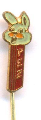 WHITE RABBIT - Pez Dispenser 1970s Hat Stick Pin PEZ PEZ  http://cgi.ebay.com/ws/eBayISAPI.dll?ViewItem&item=161112942635
