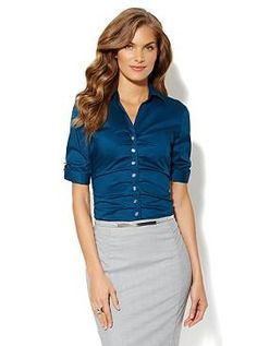 The Madison Pleated Button-Front Shirt - Solid