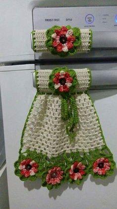 Beautiful kitchen pieces made in crochet - Fazer croche Crochet Potholders, Crochet Motifs, Crochet Squares, Thread Crochet, Crochet Doilies, Crochet Flowers, Crochet Patterns, Crochet Kitchen, Crochet Home
