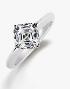 Solitare Asscher cut diamond turned on it's end - this, ladies and gentlemen, is perfection.