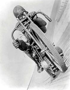Motorcycles In India, Vintage Motorcycles, Harley Davidson Motorcycles, Vintage Biker, Vintage Racing, Cafe Racers, Bmw R75, Bike Tattoos, Motorbike Design