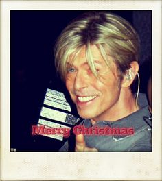 """bowieafter50: """"I wanted to wish you all a Merry Christmas and thank you for following me. I hope you are happy and healthy. Much love ♡♡♡ """""""