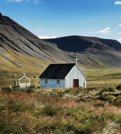 Church in Kaldidalur, Dýrafjörður Iceland. Photo by Gunnar Verrisson