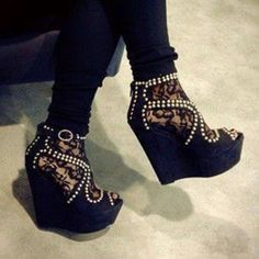 Black wedges with pearls