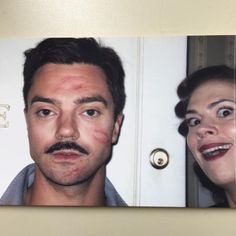 Howard Stark and Peggy Carter - Time for some fondue! (Hayley Atwell and Dominic Cooper clearly enjoying their time on the set of Agent Carter.) I will always pin this Hayley Face! Peggy Carter, Black Widow, Marvel Dc, Series Da Marvel, Chris Evans, Chris Pratt, Dc Comics, Dominic Cooper, Hayley Atwell