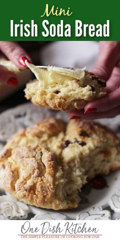 Traditional Irish Soda Bread is easy to make and requires a few simple ingredients. No yeast required. Quick recipe yields one small loaf. Irish Desserts, Quick Easy Desserts, Quick Bread Recipes, Moist Irish Soda Bread Recipe, Easy Irish Recipes, Healthy Recipes, Irish Bread, Cooking For One, Meals For One