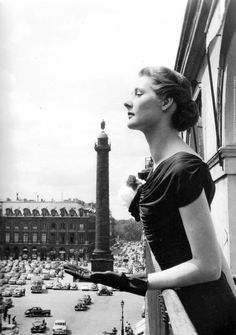 Place Vendôme, photo by Robert Doisneau, Paris, 1940