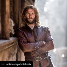 Steven Cree as Gallowglass (A Discovery of Witches) . Via A Discovery of Witches FB . Witch Tv Series, Hbo Series, A Discovery Of Witches, Outlander, Love Island Couples, Duncan Lacroix, Deborah Harkness, Louise Brealey, Popular Tv Series