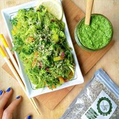 Raw Vegan Recipe | Kelp Noodles + Garlic Kale Pesto Sauce
