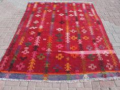 "VINTAGE Turkish Kilim, Area Rug Carpet, Handwoven Kilim (Embroidered) Antique Rug,Decorative Rug, Natural Wool 69"" X 106"" (176 x 269 CM)"