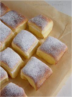 Nagyon sokszor megsütöttem már ezt a buktát. A tészta receptje az egyik kedvenc ajándék Rama füzetkémből van, ami még a szo... Bakery Recipes, Fruit Recipes, Sweet Recipes, Cookie Recipes, Hungarian Recipes, Russian Recipes, Special Recipes, Sweet And Salty, International Recipes