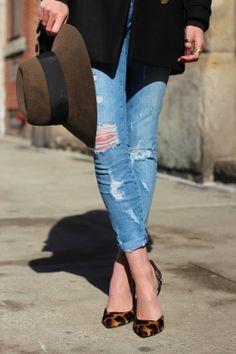 Animal printed heels add elegance to distressed denim. #currentelliott