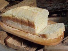 Gluténmentes gyors házi kenyér | Varázslat fakanállal Health Eating, Garlic Bread, Hot Dog Buns, Amigurumi, Brot, Kuchen