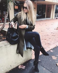 """10.6k Likes, 31 Comments - Steph Smith (@stephclairesmith) on Instagram: """"Meetings in Sydney today! My new @novoshoes boots getting me from A to B! #winter…"""""""