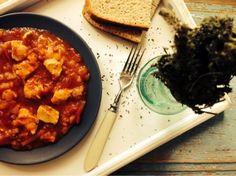 Loredana Sandu...retete pentru toate gusturile: Mancare de rosii cu carne de pui