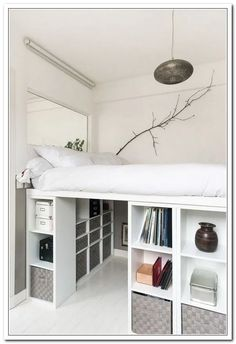 Low bunker beds that can be used to easily produce homemade materials . - Draft - Low bunker beds that can be used to easily produce homemade materials … - Small Room Bedroom, Bedroom Loft, Teen Bedroom, Bedroom Storage, Bedroom Decor, Dorm Room, Small Bedrooms, Raised Beds Bedroom, Dream Bedroom