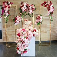 New Metal Rectangular Tall Floral Stand/Geometric Stand/Vase/Backdrop Stand Column Arch by BridalandPresent on Etsy Wedding Centerpieces, Wedding Decorations, Tall Centerpiece, Wedding Cake Backdrop, Decor Wedding, Wedding Cakes, Photowall Ideas, Afghan Wedding, Russian Wedding