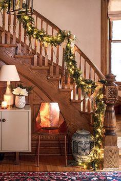 """LOT 4 Unpainted Oak Victorian Porch Spindles Balusters Columns Antique 26/"""" high"""