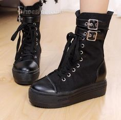 Buckle Lace-Up High Canvas Shoes