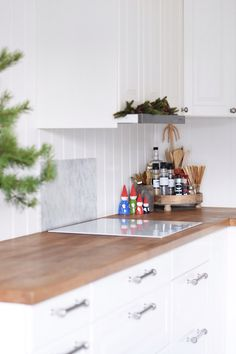 White induction hob kitchen christmas