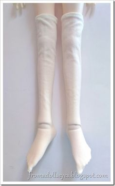 3bec8aadb5a72 Making tights and socks for ball jointed doll using old tights. They look  so cute