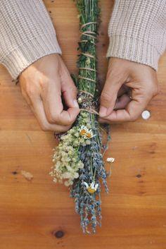 DIY: Lavender Smoke Cleansing Bundles - Rip & Tan