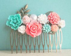 Love the salmon and teal tones in this rustic hair comb