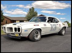 1969 Pontiac Firebird Race Car 302 CI for sale by Mecum. 1969 Firebird, Pontiac Firebird Trans Am, Road Race Car, Race Cars, Road Racing, F1 Racing, Muscle Cars, Pontiac Cars, Pony Car