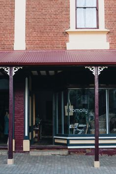 Tomolly, a homewares store in Carcoar NSW is a popular design destination in rural Australia Indoor Trees, White Interior Design, Wooden Windows, Queenslander, Luxury Candles, Australian Homes, Open Up, Country Style, French Doors