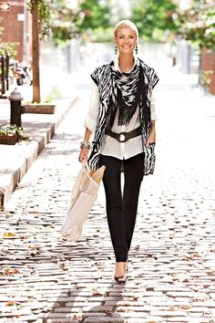 Black is to white as bread is to butter #chicos  Nice Black & White! C!